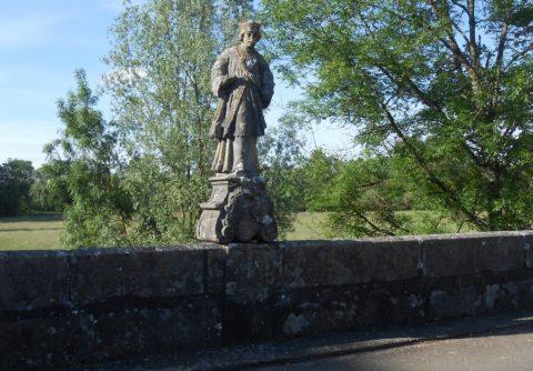Saint Jean Népomucène à Chemilly